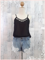blouse1823 เสื้อแฟชั่นสายเดี่ยวอกเพชร ผ้าชีฟองสีดำ ราคาปลีก : 190 บาท