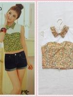blouse2087 เสื้อแฟชั่นตัวสั้น คอบัวแหลมอกขาว แขนกุด ซิปหลัง ผ้าชีฟองนิ่มลายดอกไม้เล็กสีส้ม
