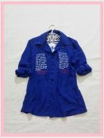 blouse2056  เสื้อเชิ้ตแฟชั่นไซส์ใหญ่ คอปก แขนยาว กระดุมหน้า ผ้าชีฟองสกรีนลายตัวอักษรสีน้ำเงิน