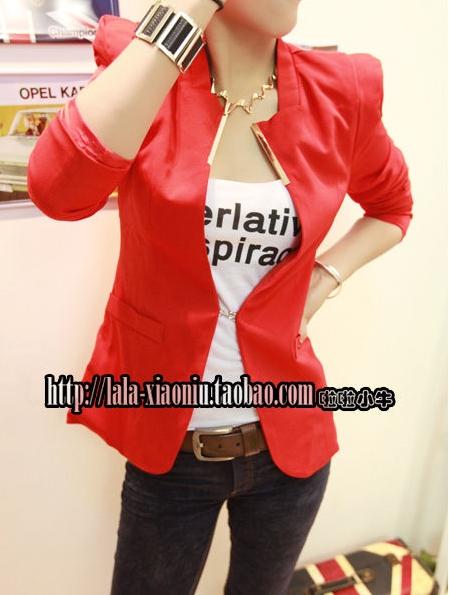 พร้อมส่ง - สีแดง เสื้อสูท เก๋ๆ ทรงสวย