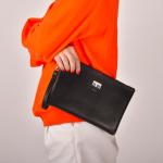 กระเป๋าคล้องมือหนัง ใบใหญ่ สีดำ แนวๆเก๋ๆ พร้อมส่ง