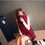 ผ้าพันคอกันหนาว ไหมพรมเนื้อเรียบ นุ่ม เกาหลี สีแดงเข้ม พร้อมส่ง