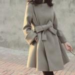 เสื้อโค้ทกันหนาว ทรงสวยสีเทาเข้มอมน้ำตาล ใส่เป็นเดรสได้เลย แบบผู้ดีมาก ผ้าวูลผสมสักกะหลาด บุซับในกันลม จะใส่เป็นเดรส หรือใส่เป็นเสื้อโค้ทปกติก็เก๋ค่า พร้อมส่งจ้า
