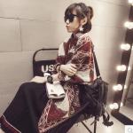 ผ้าพันคอ/ผ้าคลุมไหล่ กันหนาว เนื้อนุ่ม ลายแดงขาว เกาหลี งานดีค่ะ พร้อมส่ง