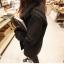 เสื้อกันหนาว สีดำ เนื้อผ้าคล้ายๆหนังกลับ+กำมะหยี่ แต่งขนแกะด้านใน ดูดี อุ่นนนน แบบเก๋สุดๆ พร้อมส่งเลยจ้า thumbnail 2