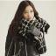 ผ้าพันคอกันหนาว ไหมพรม เกาหลี ลายตาราง พร้อมส่ง thumbnail 1