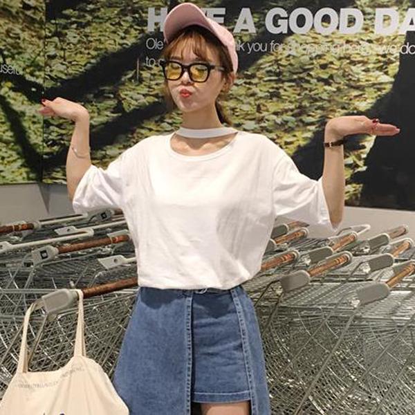เสื้อแฟชั่น สีขาว แต่งคอ สไตล์เกาหลีใส่ออกมาแล้วแนวมากจ้า พร้อมส่งน้า