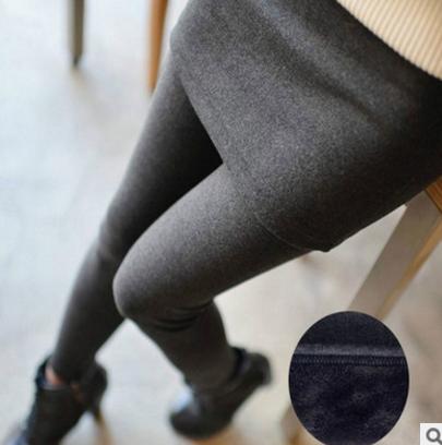 Skirts Legging เลกกิ้งกระโปรงกันหนาว ด้านในเป็นผ้าสำลีขนสั้น ยืดได้เยอะ มี 3 สีให้เลือกด้านในจ้า พร้อมส่งเลยจ้า
